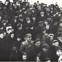 Mieszkańcy Ciechanowa na wiecu w 1945 r. [Dokument ikonograficzny].