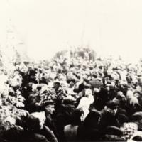 Pogrzeb zamordowanych w Pomiechówku [Dokument ikonograficzny].